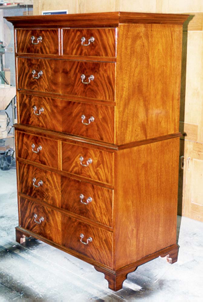AAlstin 99 - Chest of Drawers